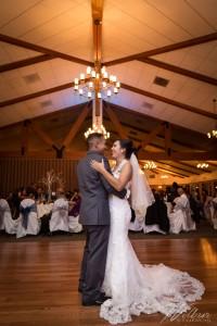 @wilburstudios_couple on dance floor